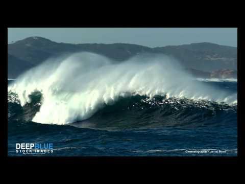 Huge wave just inside port phillip bay.