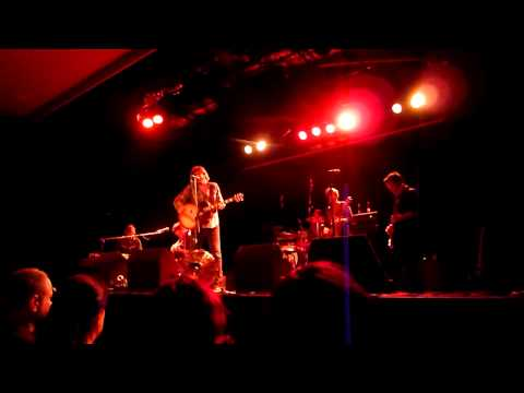 Tex Perkins & The Dark Horses - Getting Away With It - 01.11.2012