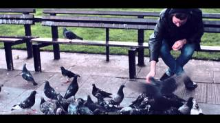 HOGNI - Under Streetlights [Official Music Video]