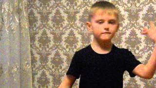 мальчик 5 лет поёт клёво песню Егор крид