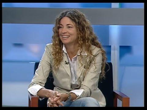Entrevista a Ángela Becerra en Canal9