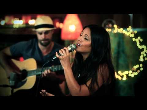 Rachael Lampa - Blessed - Acoustic Performance (@rachaellampa)