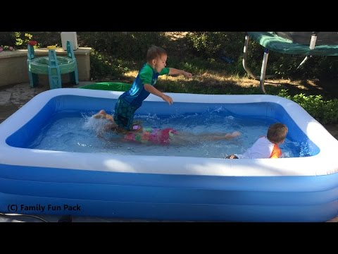 Intex Swim Center Family Inflatable Kiddie Pool