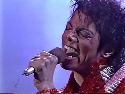 Michael & The Jacksons - Beat It - Victory Tour Toronto 1984 (High Quality)