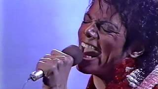 Michael & The Jacksons  - Beat It  - Victory Tour Toronto 1984 (High Quality)