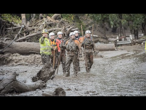 California mudslides: 'It looked like a world war one battlefield'