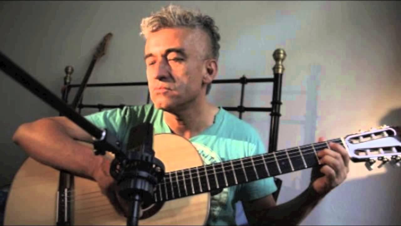 jorge-gonzalez-es-muy-tarde-instrumental-luisortegachile