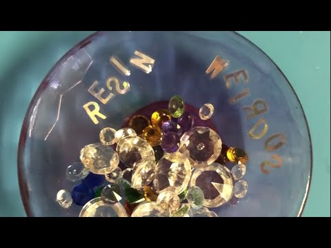 Watch me resin   plate/bowl with uv resin   Resin ideas