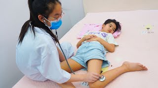 LALA FELL!!! 😭 Parody Play Doctor Doctor 💖 Funny Video for children