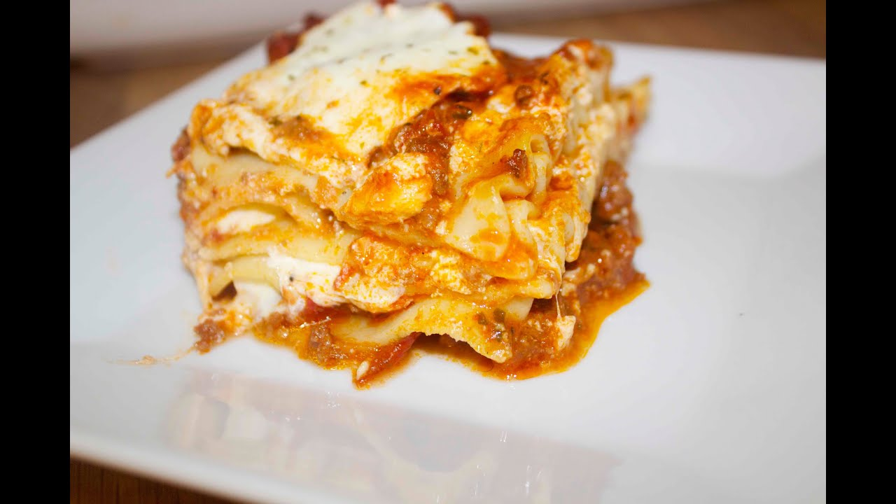Download How to Make Lasagna - Cooked by Julie - Episode 53