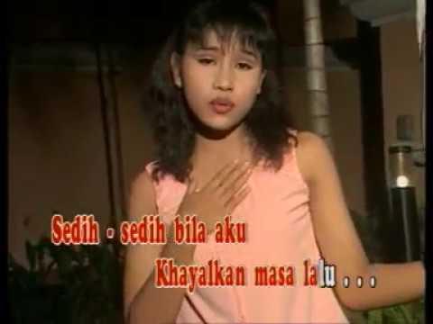 Khayalan Masa Lalu (Vocal IKKE NURJANAH Clip Singer RIEKE NURSAFITRI) Karya S. Achmadi