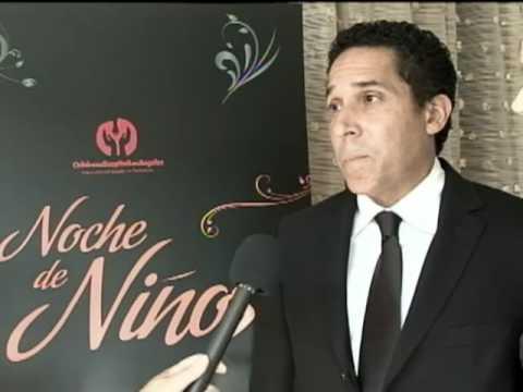 Oscar Nunez ed at Noche de Niños