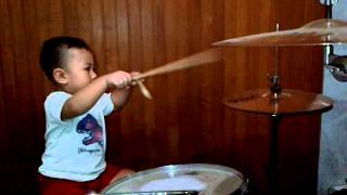 Download Timothy Brady Christian first drum video :) (2nd Part)