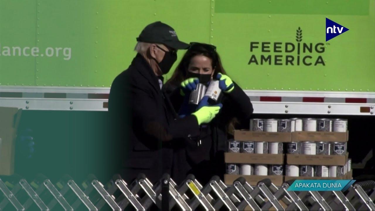 Joe Biden Jadi Relawan di Bank Makanan