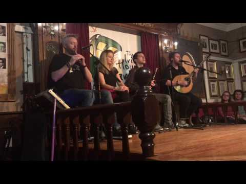 The Irish House Party - Galway Girl