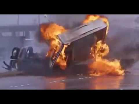 Cobra (1986) Movie Car Chase