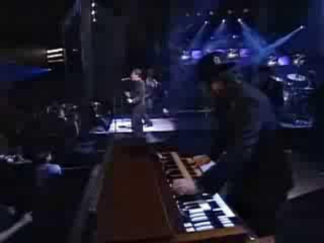 Wallflowers & Bruce Springsteen One Headlight Chords - Chordify