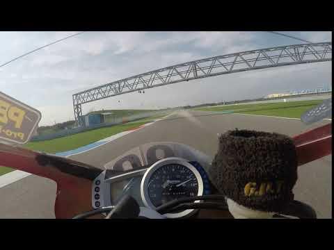 Triumph daytona  @ tt circuit assen riding my new pb