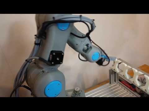 Brazos robot de seis ejes que puedes imprimir por completo en 3D