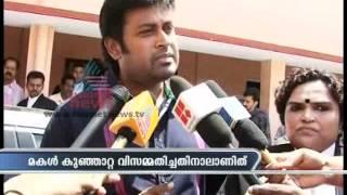 Urvashi is complete alcoholic says, Manoj K Jayan