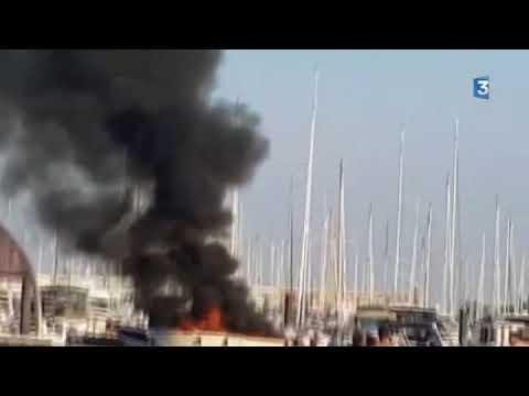 VIDEO AMATEUR : un bateau de plaisance s