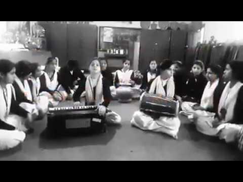 Gaddi nuala non stop Songs by Dharmashala school girls