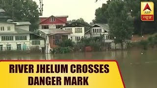 Jammu & Kashmir: River Jhelum Crosses Danger Mark, Brings Back 2014 Flood Like Situation | ABP News