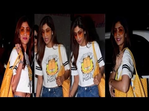 HOT or NOT: Shilpa Shetty in a white Garfield crop top thumbnail