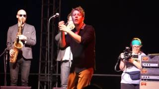 """Anderson East covers """"Hold on I'm coming"""" song at Blues and BBQ"""
