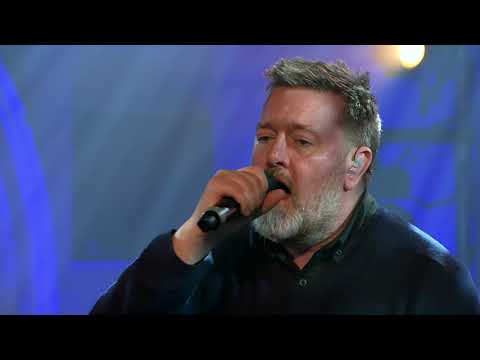 elbow live at Other Voices Ballina