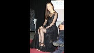 今週のファッションチェック>蓮佛美沙子 シースルー黒ドレスで美脚すら...
