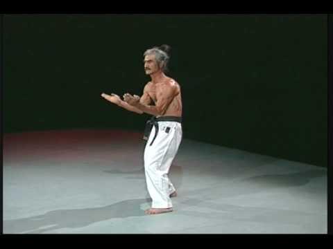 Sanchin kata test in Uechi-ryu 2