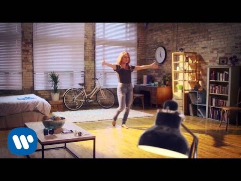 Victoria Duffield - Paper Planes - Official Music Video