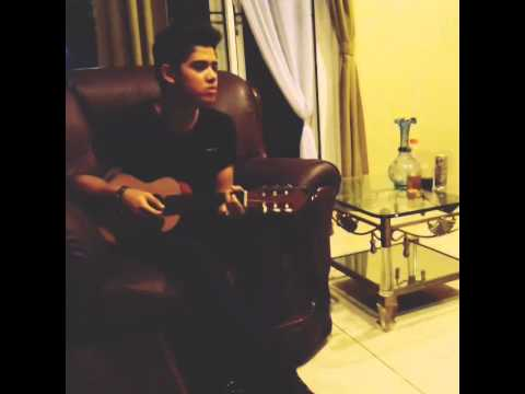 """Aliando Syarief Bernyanyi """"janji Suci"""" Sambil Bermain Gitar Bagus Banget."""