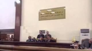 لحظة النطق بالحكم على الناشط علاء عبد الفتاح بالحبس