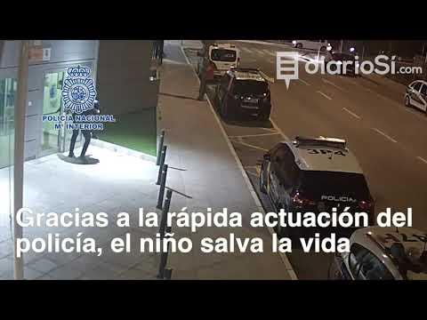 Un policía nacional de Lorca salva la vida a un niño que se estaba atragantando