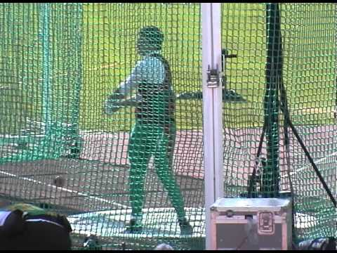 Vadim Devyatovski 81.20m Hammer Throw IAAF World Champs 2005 Helsinki Qualifying