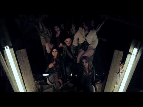 Jettblack - Raining Rock - Official Video | Metal Hammer