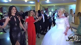 Orchestra Nikolas leonard-nunta 1