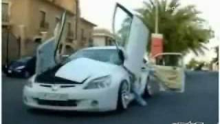 Repeat youtube video Mojoflix - super car