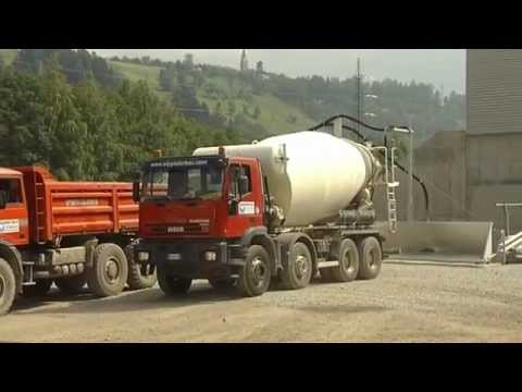 Liebherr - Recycling of residual concrete