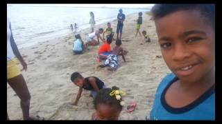 Les enfants de Pointe-aux-Sables défendent leur terrain de jeu