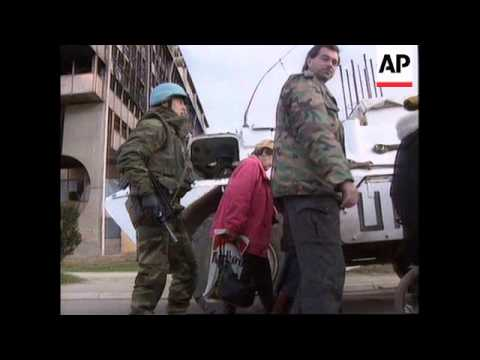 BOSNIA: SARAJEVO: SNIPER FIRE CLAIMS NEW VICTIMS