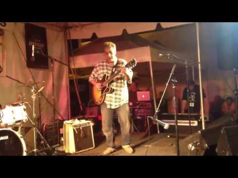 Chris Cain Band 'Drinking Straight Tequila' 09/07/2013
