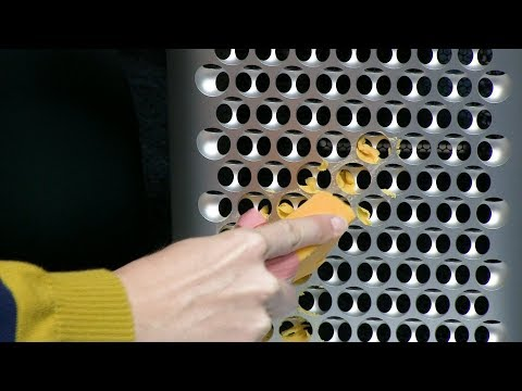 Apple's 2019 Mac Pro Uncasing and First Impressions & Cheese Grating -  LIVE