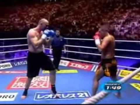 Gökhan Saki vs Bjorn Bregy  K-1 World Grand Prix Final full vide ★★★★★ Djeserfonsonnefes Gokhan