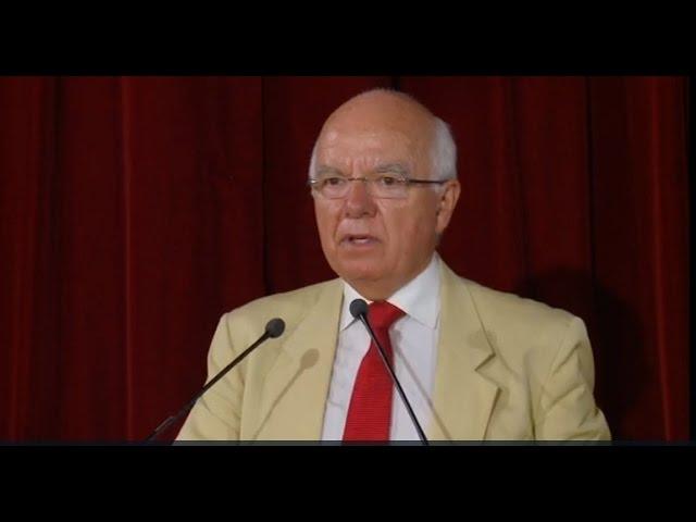 Jean-Pierre Brard à l'exposition sur le massacre des prisonniers politiques en Iran