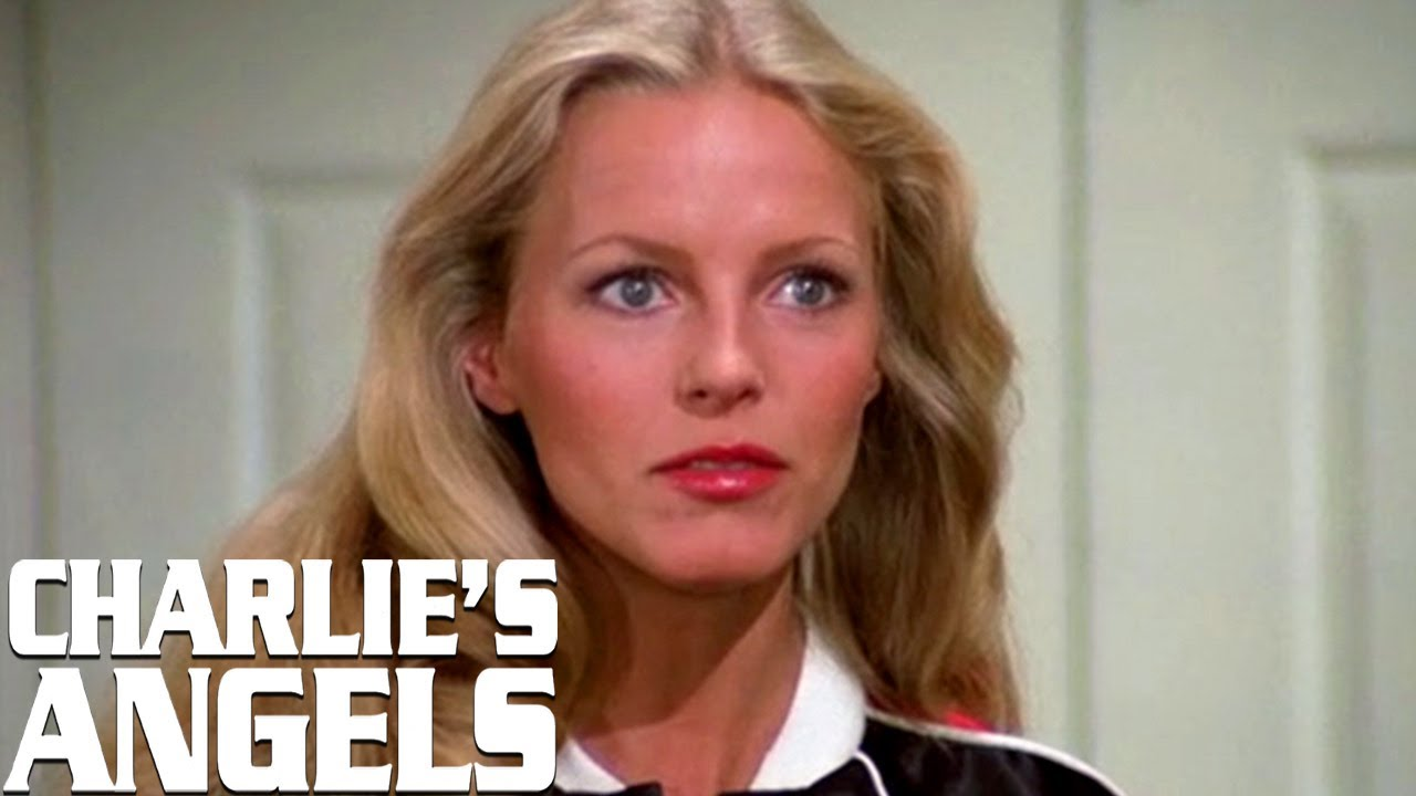 Jill's Sister Joins The Angels | Charlie's Angels