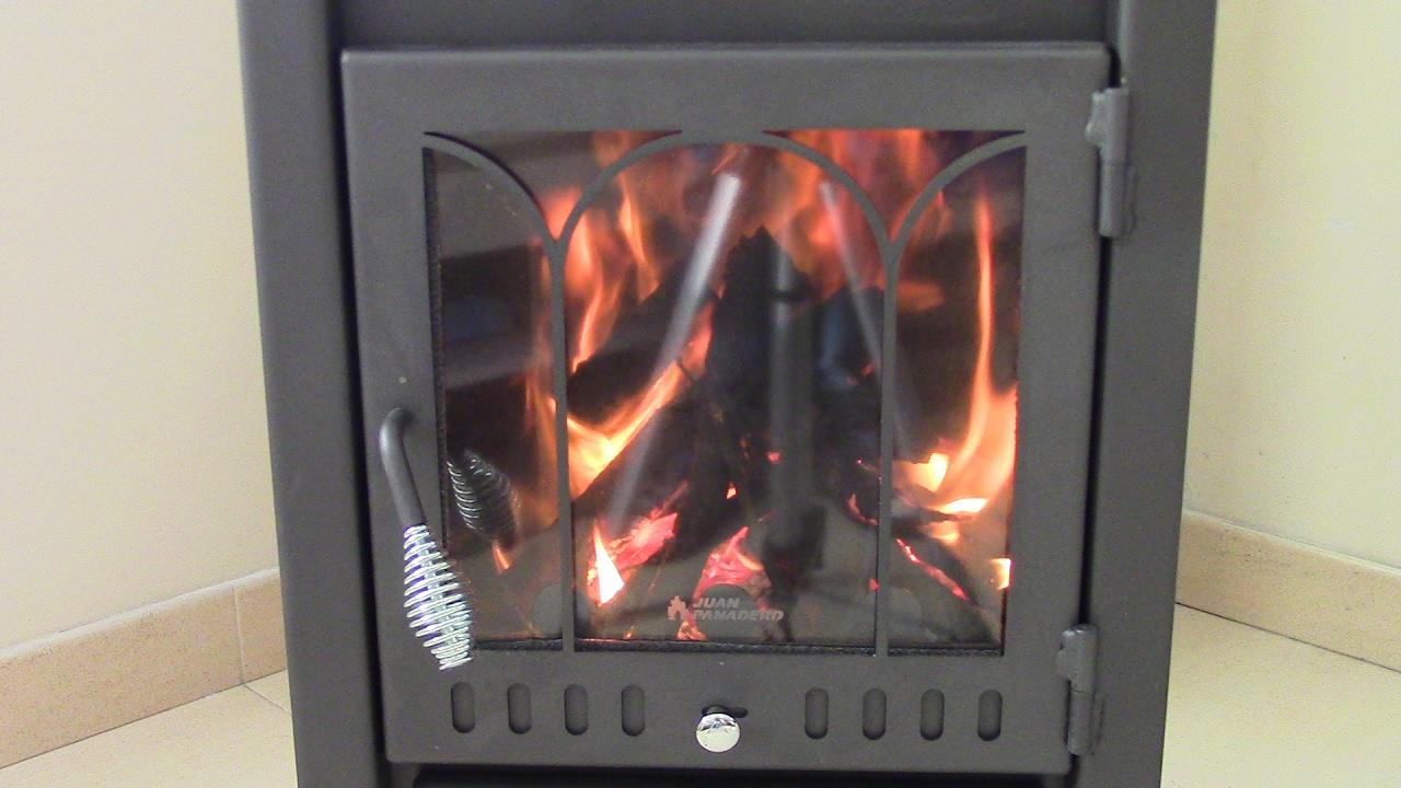 Como encender una estufa o chimenea de le a youtube - Como adaptar una estufa de lena a pellets ...