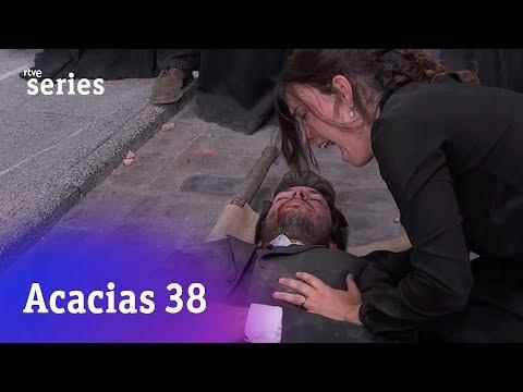 Acacias 38: El final de Pablo en brazos de Leonor #Acacias586   RTVE Series